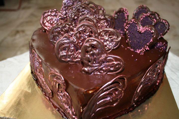 Изработка на Шоколадова Торта